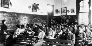 062912-national-black-history-tuskegee-classroom
