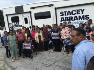 Stacey Abrams supporters posing for a photo with the candidate in Waynesboro, Ga., on Tuesday, Oct. 16, 2018. Photo: Terrell Jermaine Starr